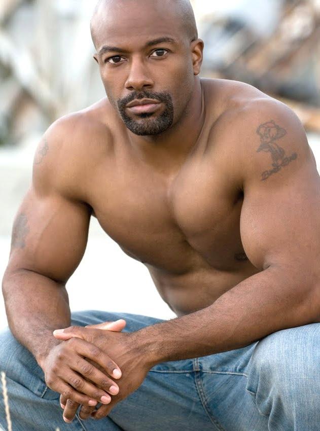 pics of gay black men  572380
